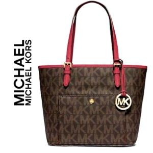 Michael Kors JetSet Lg Snap Pocket Tote w/Red Trim & Handles, Authenticated!